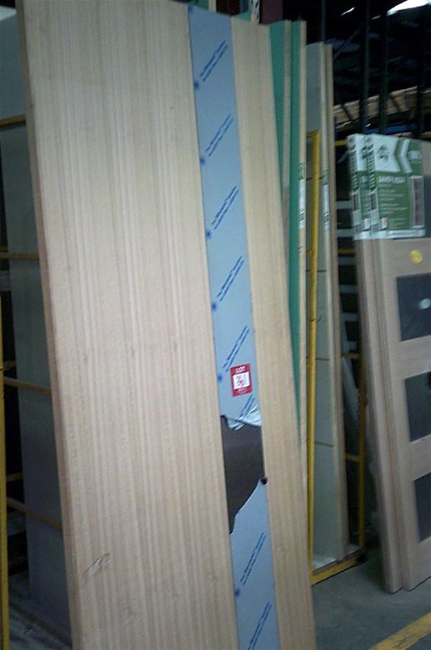 2340mm x 1020mm x 40mm Entance Door.