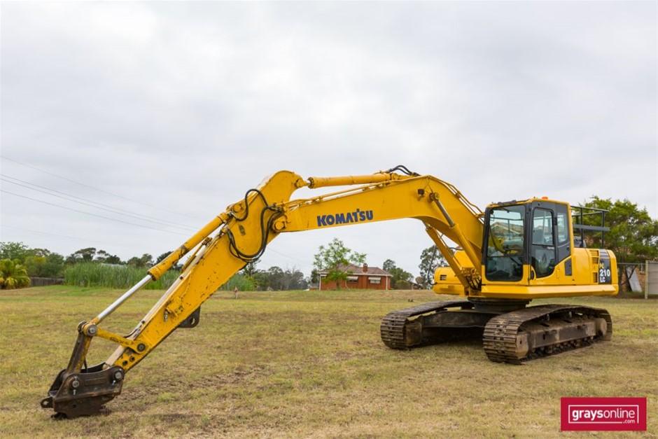 Komatsu PC210LC-8 Hydraulic Excavator