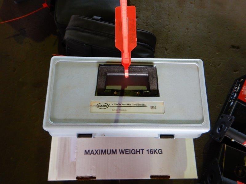 Hach 2100 QIS Portable Turbidimeter