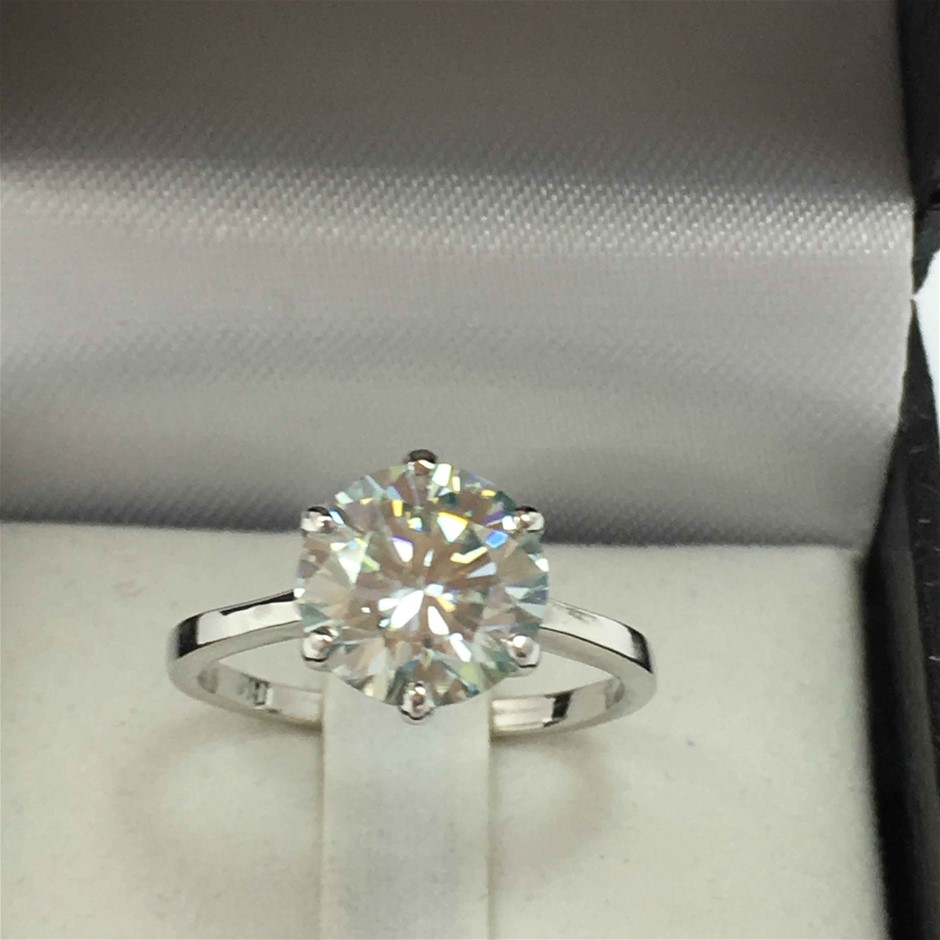 18ct White Gold, 2.54ct Moissanite Ring