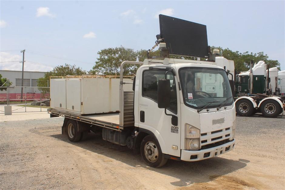 2010 Isuzu NLR 4 x 2 Service Truck