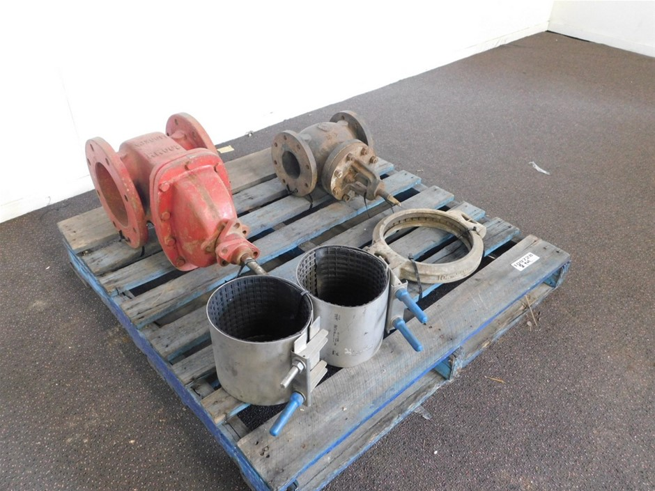 Pallet of Assorted Pipe Fittings