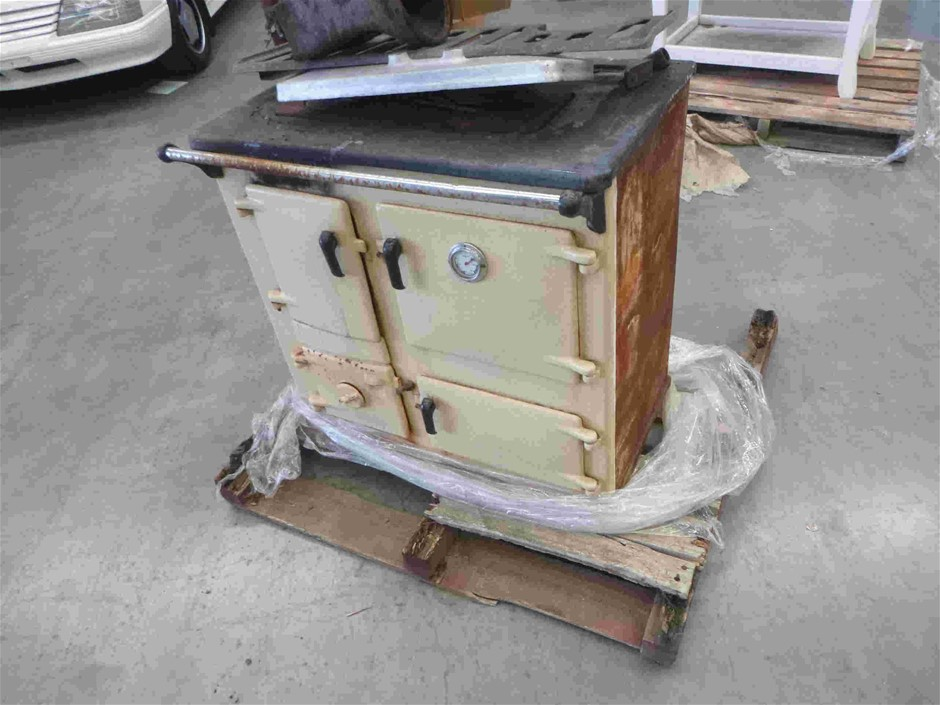 Antique Wood Fire Oven