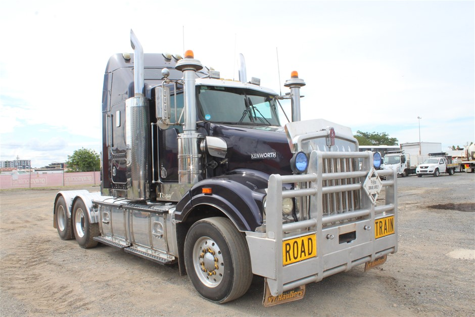 2006 Kenworth T404SAR 6 x 4 Prime Mover Truck