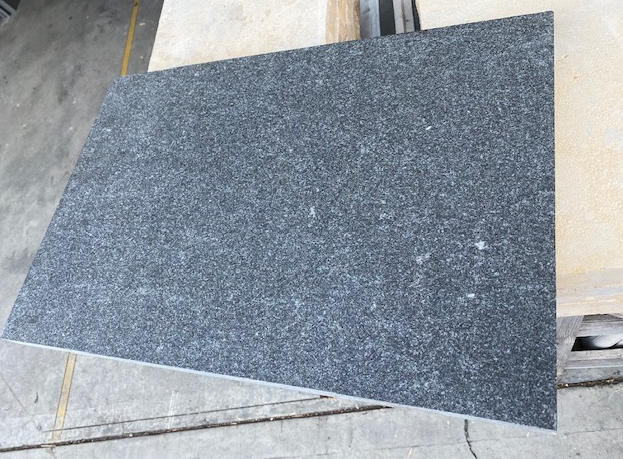 1x Pallet Black Granite Exfoliated surface tiles 600x400x30mm Approx12.48m2