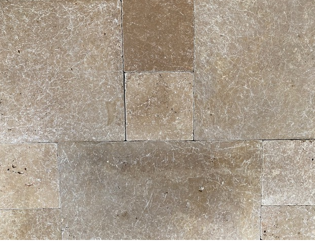 1xCrate Noce Travertine Tiles unfilled & tumbled pattern 12mm Approx38.53m2
