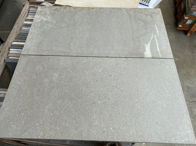 1 x Crate of Grey Limestone Acid Washed Tiles 800x400x20mm - Approx 35.2m2