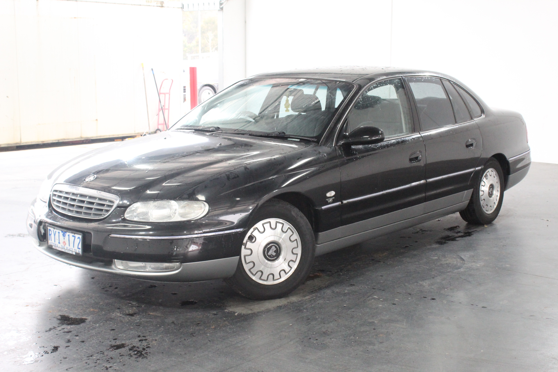 2001 Holden Statesman V6 WH Automatic Sedan