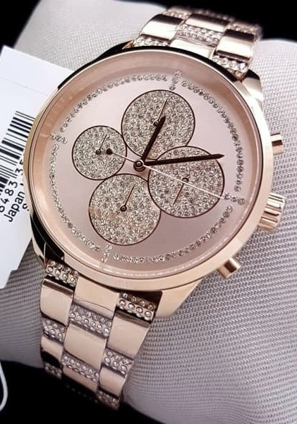Ladies new Michael Kors Couture NY stunning & classy watch.