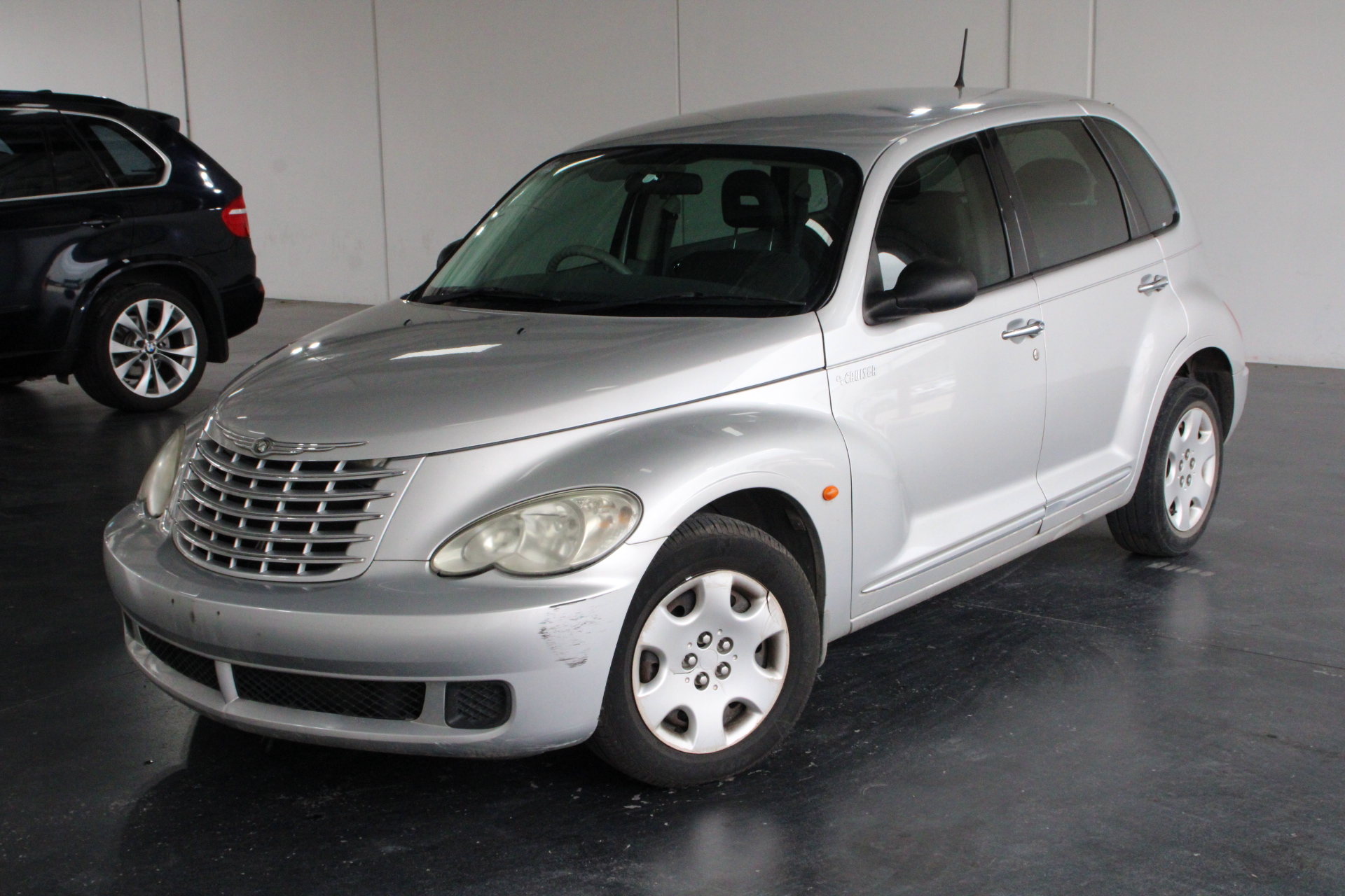 2006 Chrysler PT Cruiser Classic Automatic Hatchback