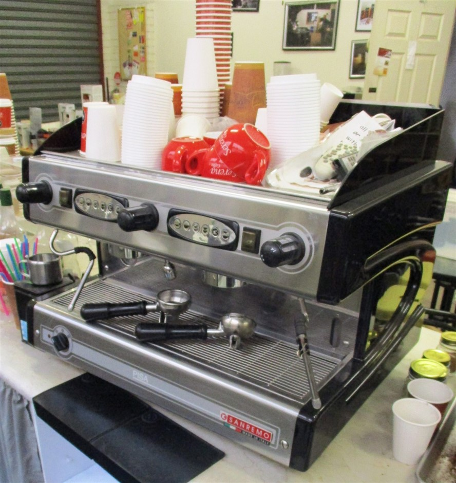 Commercial Espresso Coffee Machine Including Pump