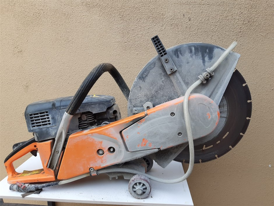 Concrete saw cutter - Armor Location: Fairfield West, NSW - 0412 873 87
