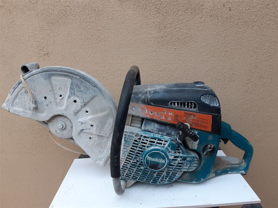 Concrete saw cutter - Makita < Location: Fairfield West, NSW - 0412 873