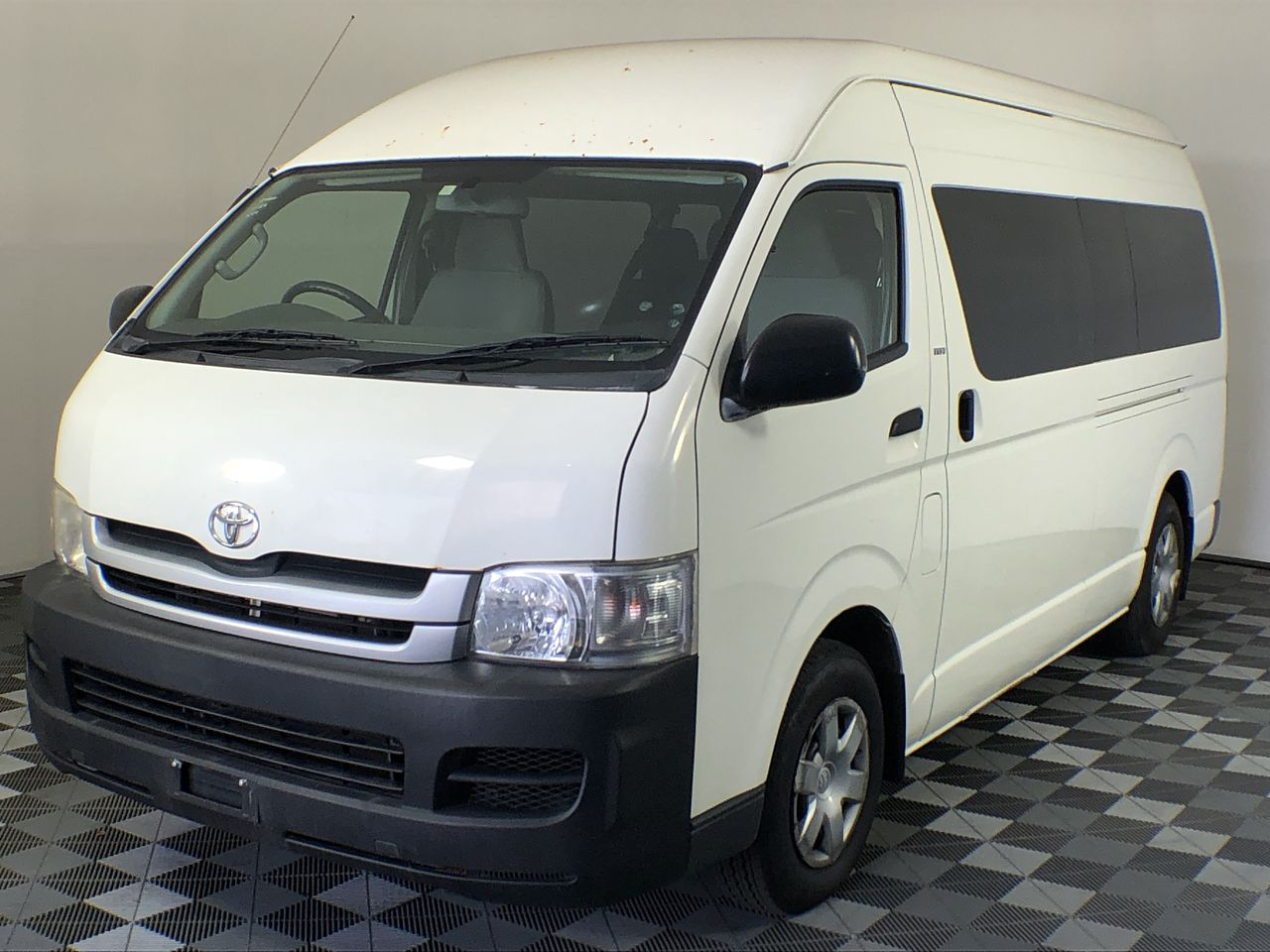 2008 Toyota Hiace Commuter TRH223R Automatic 14 Seats Bus, 65,754km