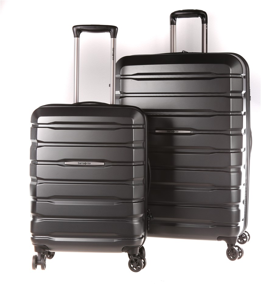 SAMSONITE Tech Two Hard Side Spinner 2pc Luggage Set. N.B. Minor marks & co