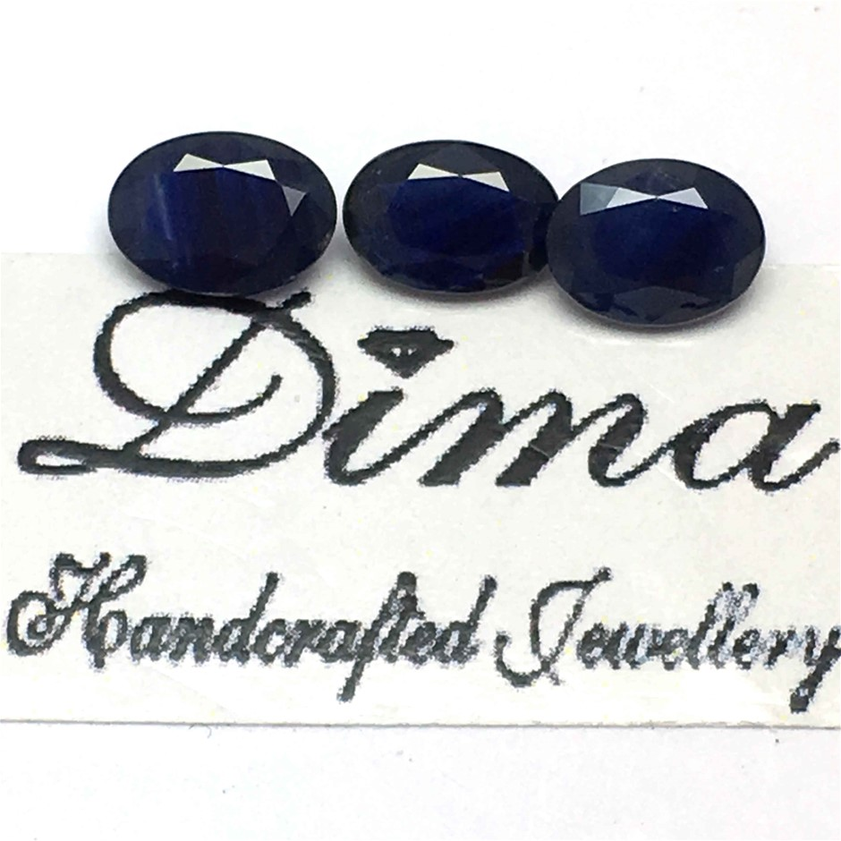 Three Stones Blue Sapphire 2.52ct in Total
