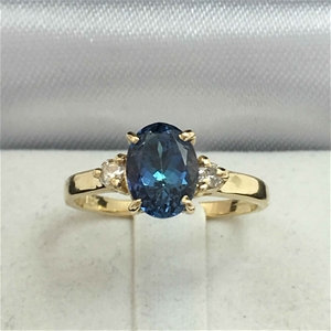 18ct Yellow Gold, 1.79ct Tanzanite and D