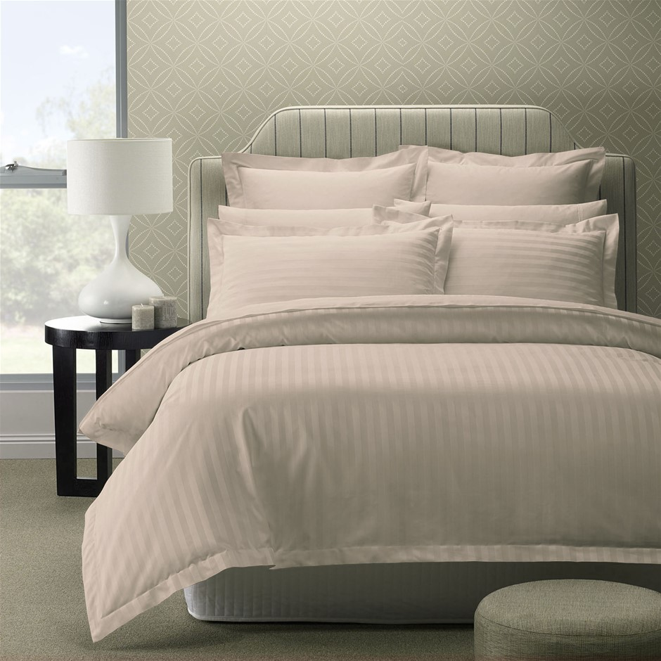 Royal Comfort 1200 Thread Damask Stripe CottonBlend Quilt Sets Queen Silver