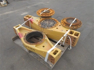 1 Pallet Containing Rear Diff. Trunnion