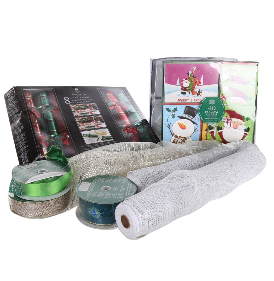 ASSORTED Christmas Craft Products Comprising: 80 x Christmas Cards, 3 x Rol