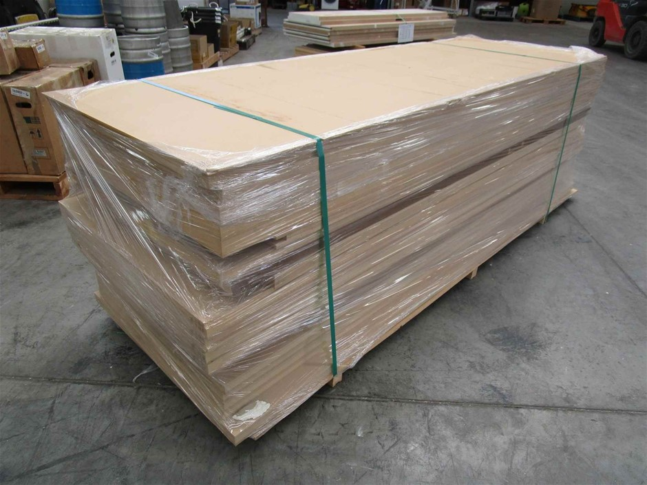 Pallet of 19 x Timber Doors