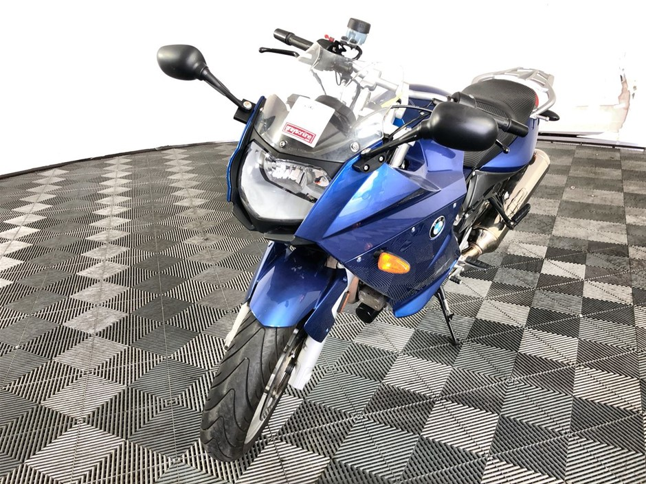 BMW F800 ST 2 seater Road, 65354 km indicated