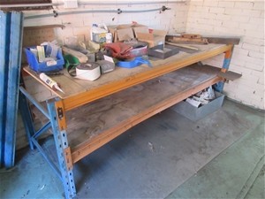 Pallet Racking Workbench and Contnents