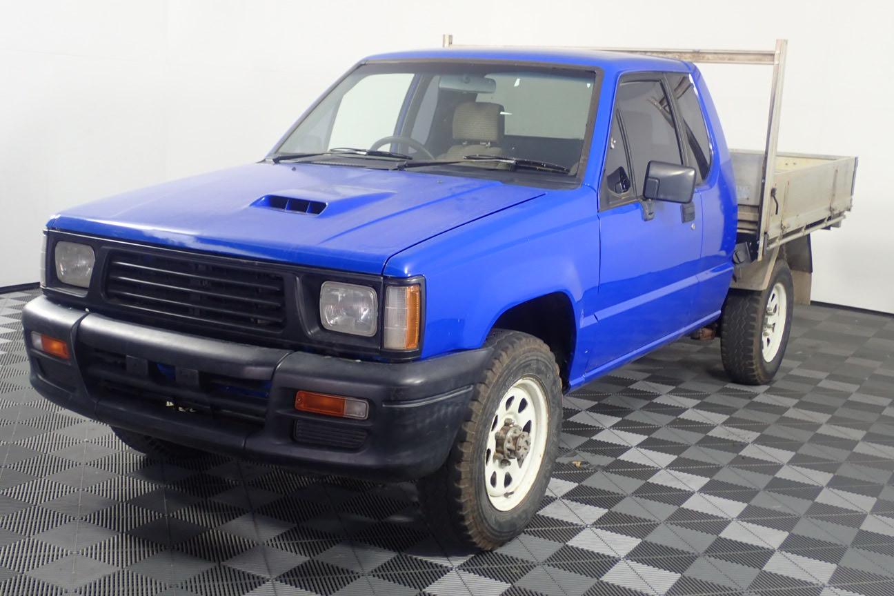 1990 Mitsubishi Triton 4WD Manual Cab Chassis