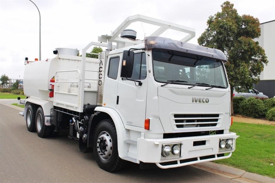 2012 Iveco ACCO Crane/Water Truck 6 x 4 Automatic 2,250 km's