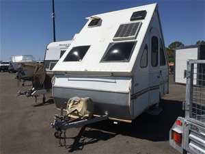 Caravan Avan 2000 Model Aliner