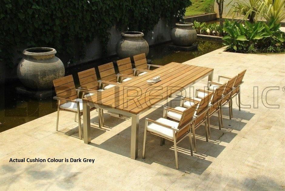 1 x Luxurious ULUWATU 11 Piece Outdoor Dining Setting by Bali Republic