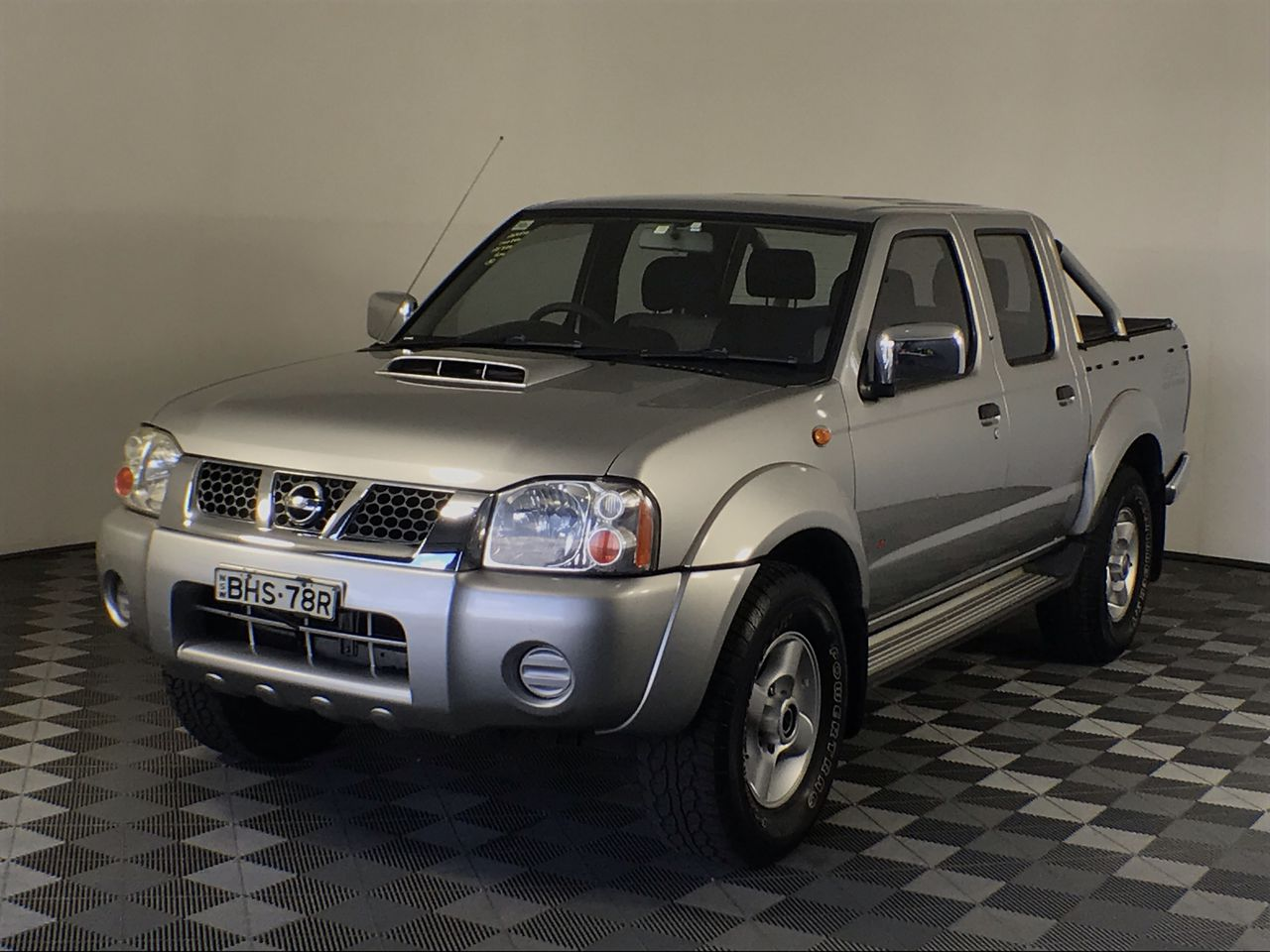2008 Nissan Navara ST-R (4x4) D22 Turbo Diesel Manual Dual Cab