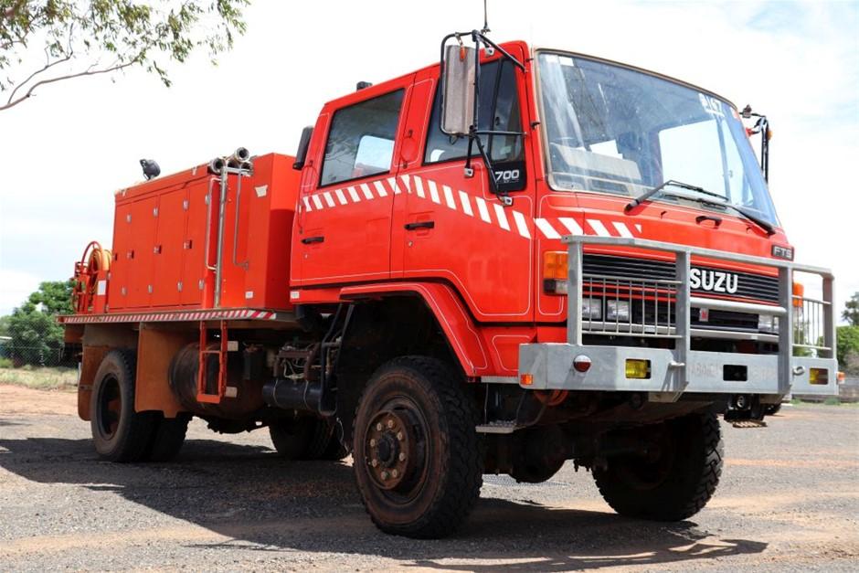 1989 Isuzu FTS 4X4 Crew Cab Fire Truck
