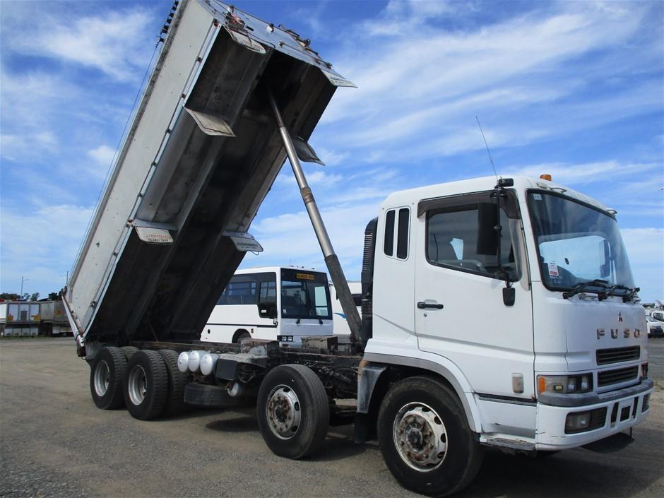 1998 Mitsubishi Fuso 8 x 4 Tipper Truck