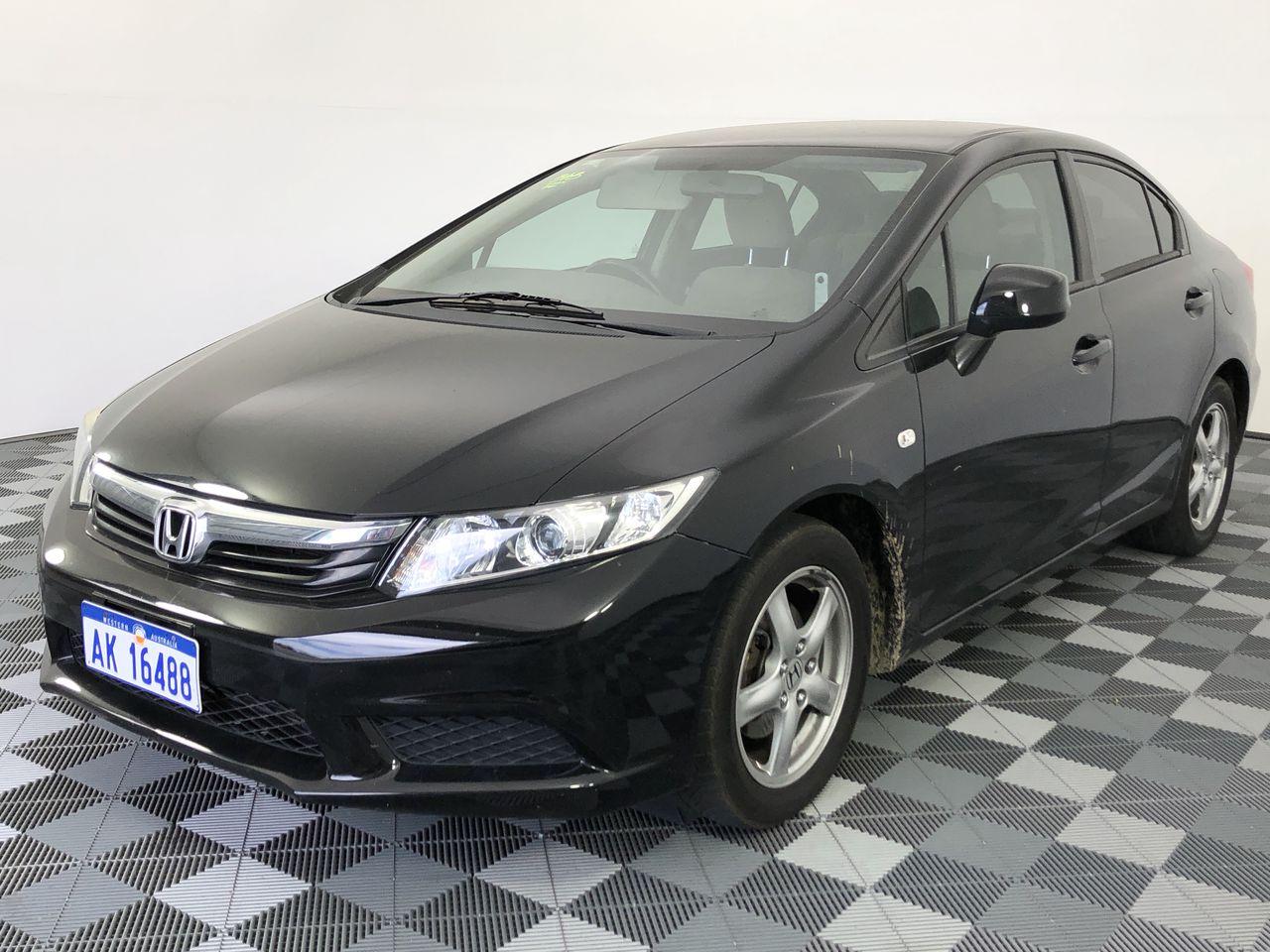 2012 Honda Civic VTI 9TH GEN Automatic Sedan (WOVR- Inspected)
