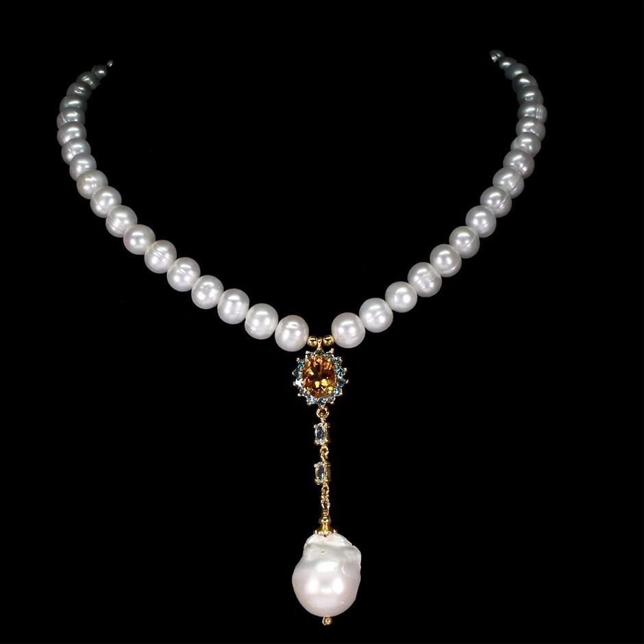 Gorgeous Genuine Aquamarine & Pearl Necklace.