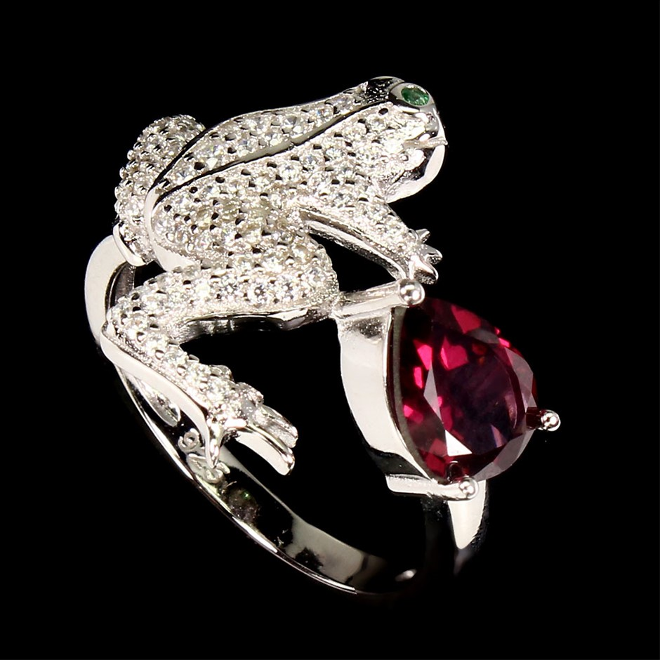 Unique Genuine Rhodolite Garnet Froggy Ring.