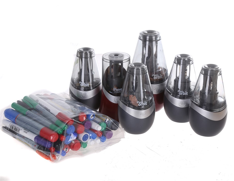 6 x WESTCOTT iPoint Orbit Battery Operated Pencil Sharpeners, Red & Grey. (