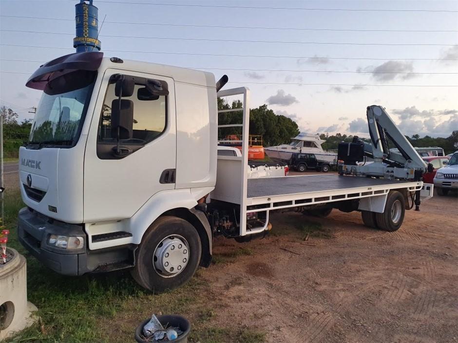 2003 Mack Midlum MV16 Flat Deck Crane Truck