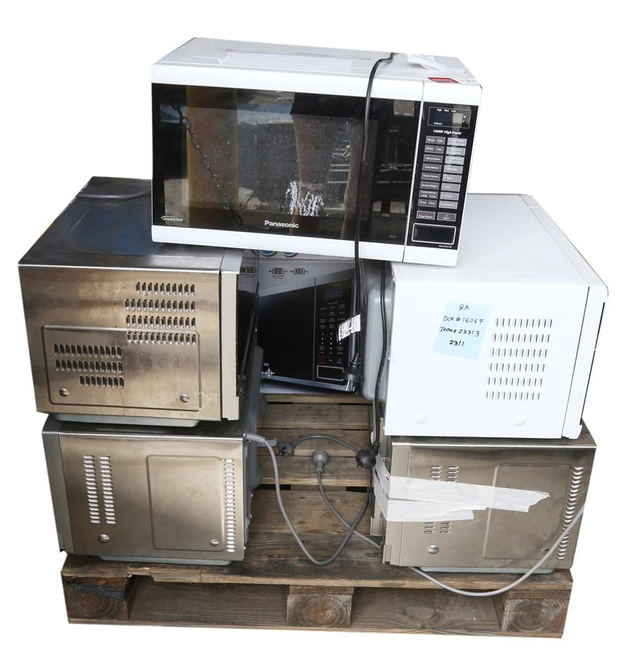 5 x Mixed PANASONIC Microwave Ovens. N.B. Not in Original Box. Not working.