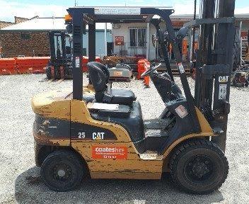 Forklift 2.5t Diesel - CATERPILLAR DP25N