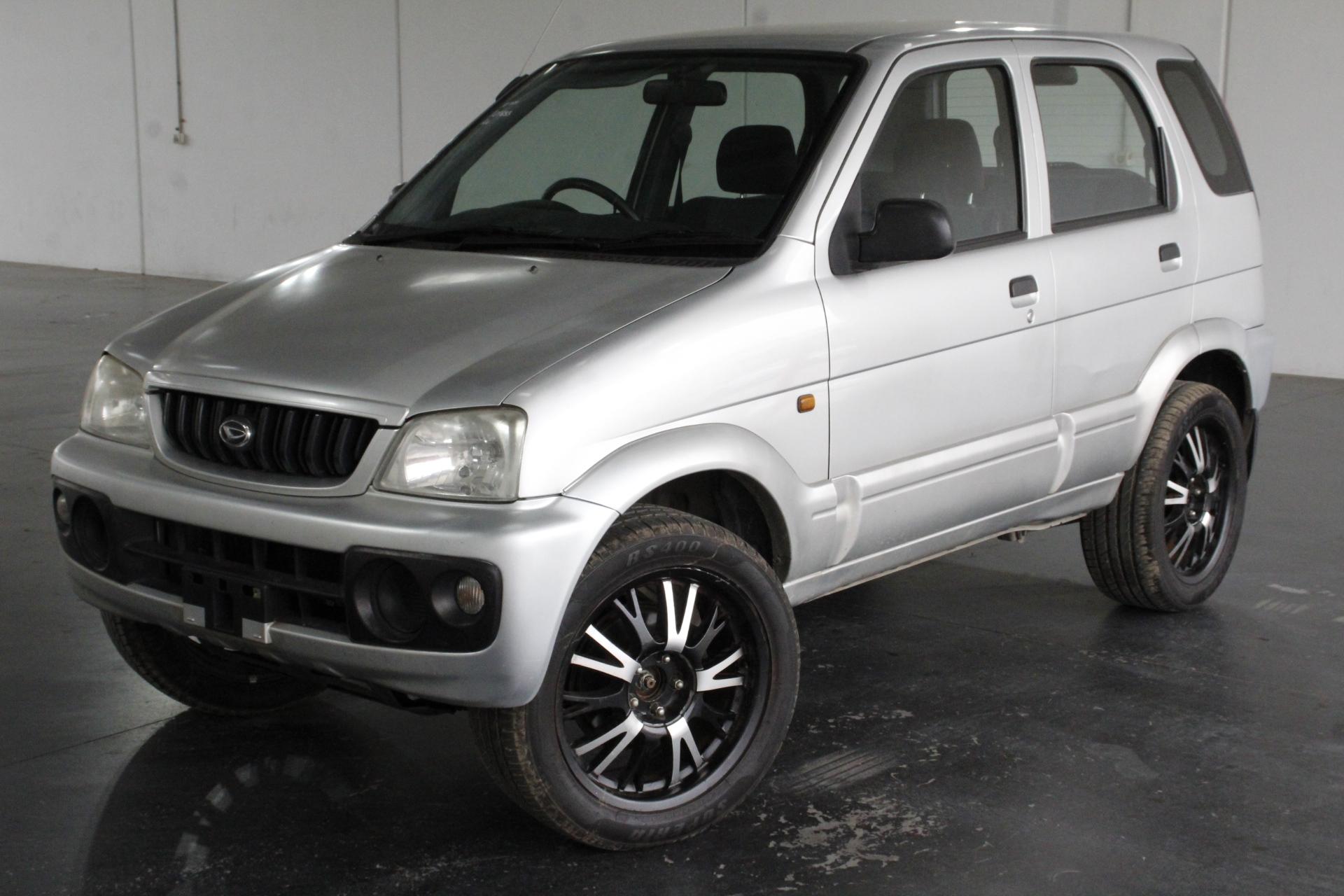 2001 Daihatsu Terios DX (4x4) J102 Manual Wagon