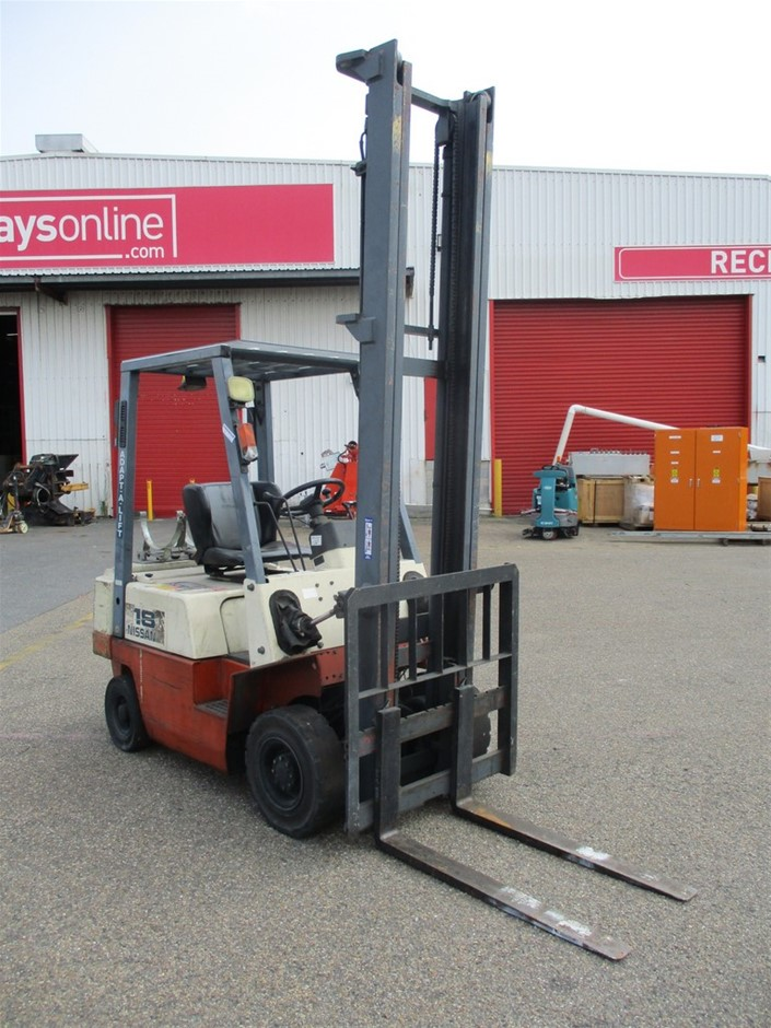 Nissan J01A180 Counterbalance Forklift