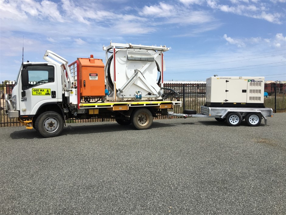 2012 Isuzu NPS300 4x4 Truck with In Pit Bore Pump / Bore Test Unit