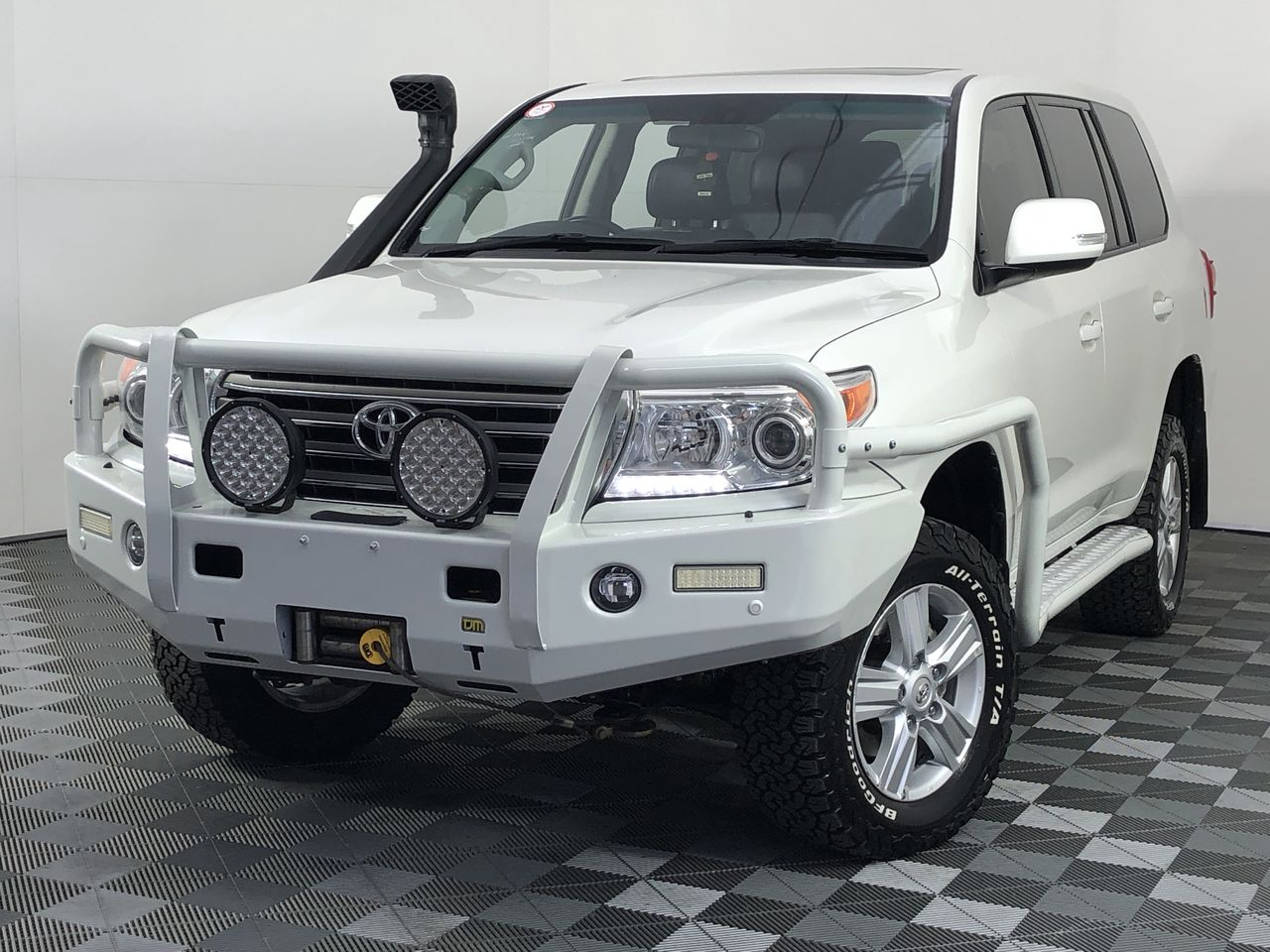 2014 Toyota Landcruiser VX (4x4) VDJ200R Turbo Diesel Automatic 7 Seats