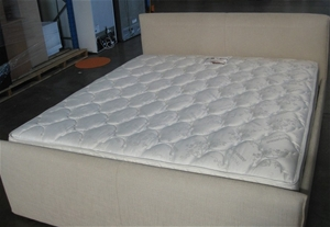 Ex Display Sleepeezee Commercial King Size Mattress Bed Not Included Auction 0023 3114630