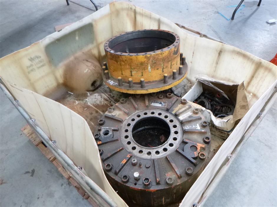 Tub of Dismantled & Hub & Brake Components