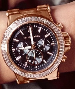 New Michael Kors Couture NY goldplated unisex quartz chrono watch.