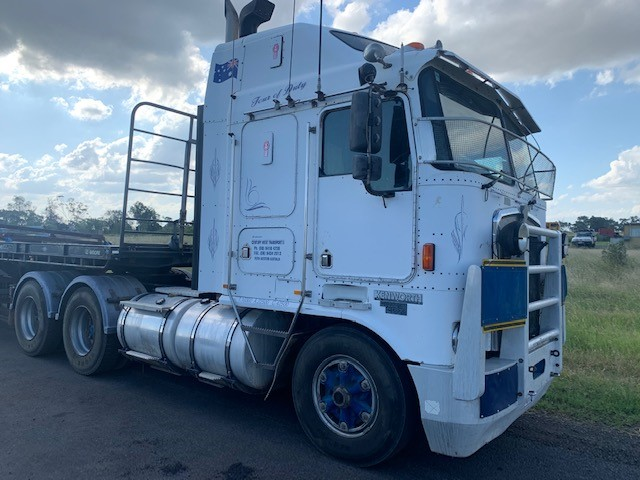 1997 Kenworth K100G 6 x 4 Prime Mover Truck