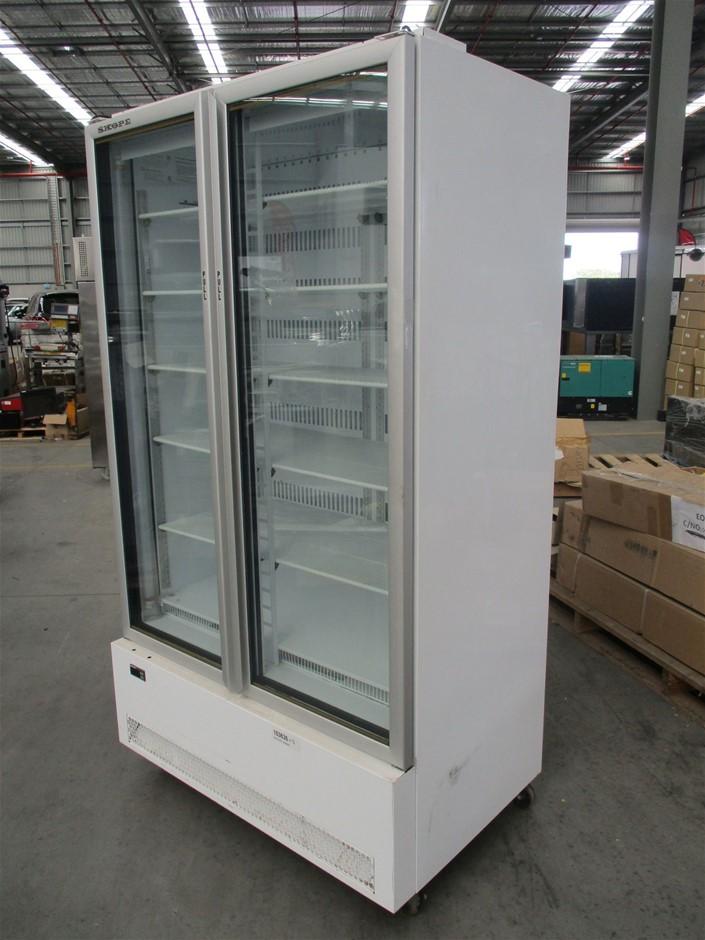 2015 Skope RCBF900 Upright display cooler